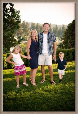 Beautiful Family Portrait Photography Taken in the Oregon Outdoors