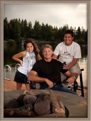 Family Portrait Photography Taken On Location at Lakewood Bay in Lake Oswego, Oregon