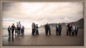 Family Reunion Portrait Photography On Location at the Oregon Coast