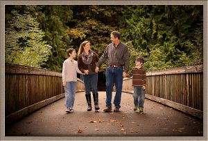 Outdoor Family Portrait Photography at George Rogers Park in Lake Oswego