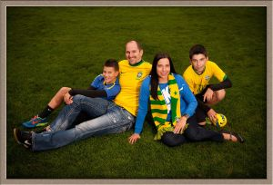 Soccer Family Picture by Ollar Photography in Lake Oswego, Oregon