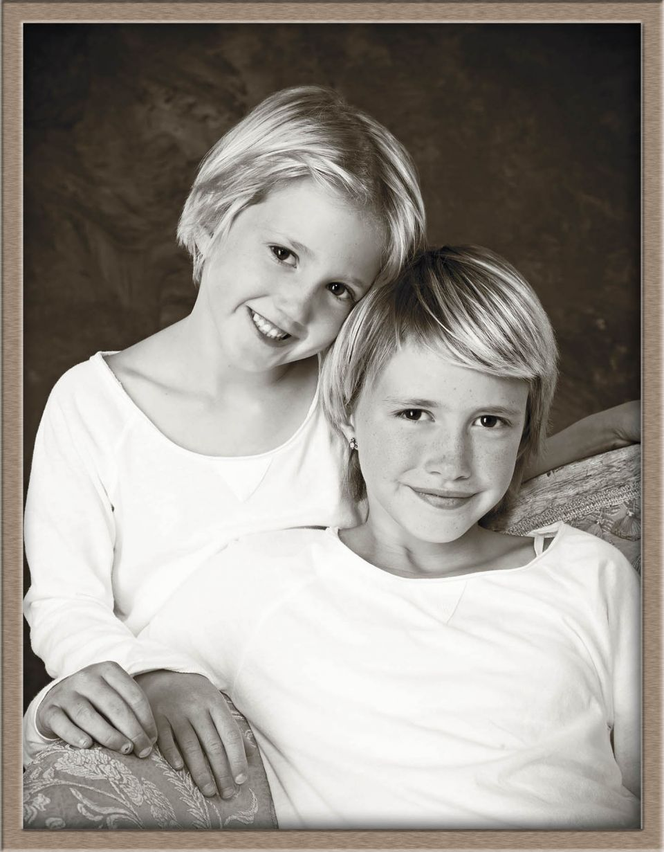c7-Black and White Kids Photography of Lake Oswego Sisters at Ollar Photography Family Portrait Studio.jpg