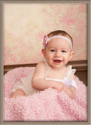 6-Month Portrait Studio Baby Plan Member in Lake Oswego, Oregon