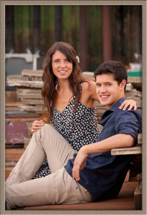 High School Senior with Friend Photography in Aurora, Oregon