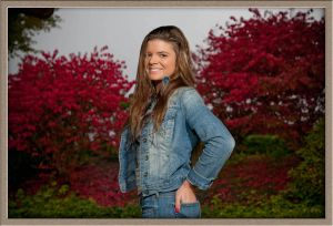 Tigard High School Senior Portrait at Ollar Photography
